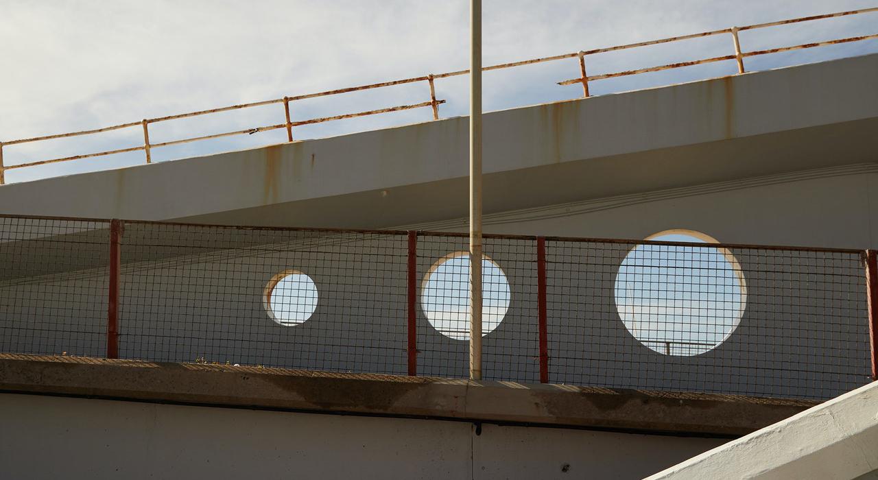 bridge_with_holes